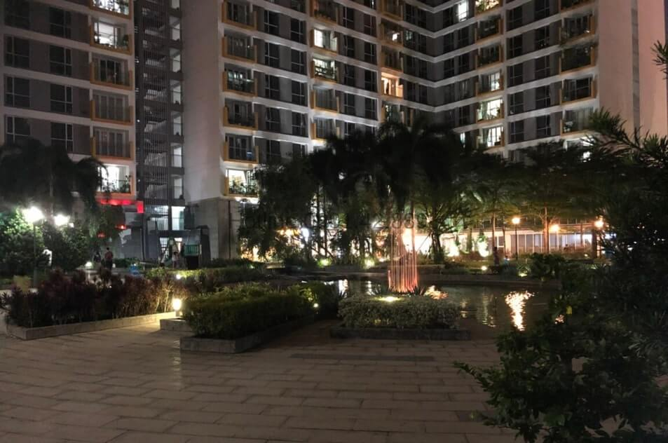Apartment 2 Bedrooms in Saigon Airport Plaza for rent now